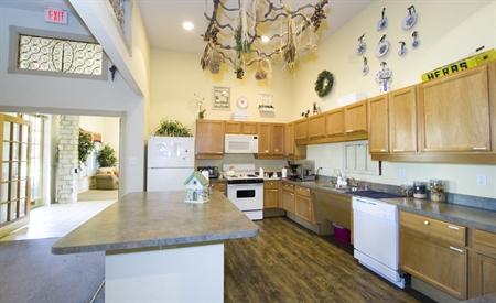 Pinnacle Property Management on Primrose At Sequoia Park   Apartments   Denton  Tx